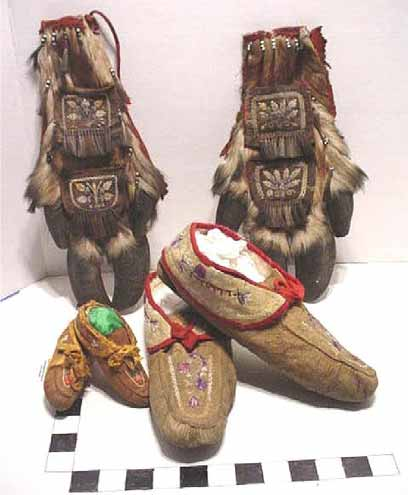 Photograph of wall pockets made out of caribou hooves, a 19th century Huron -Wendat hadicraft specialty.